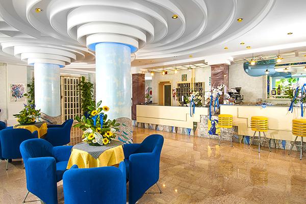 Family Hotel fronte mare