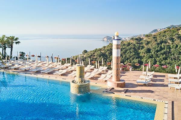 4* con vista sulla Baia di Taormina