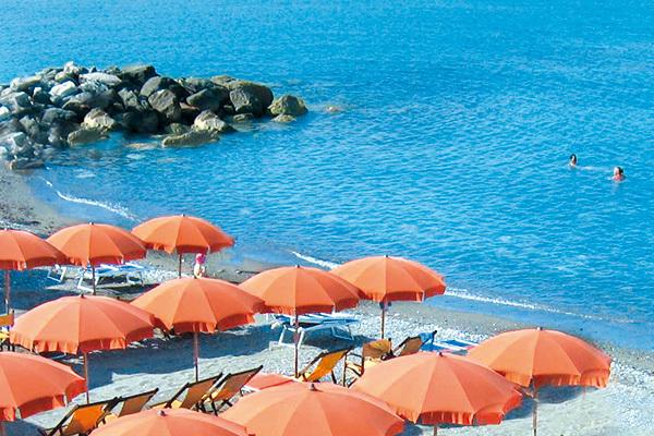Posizione strategica nella Riviera degli Etruschi
