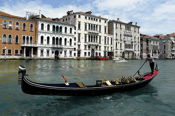 Nel centro storico, in stile veneziano