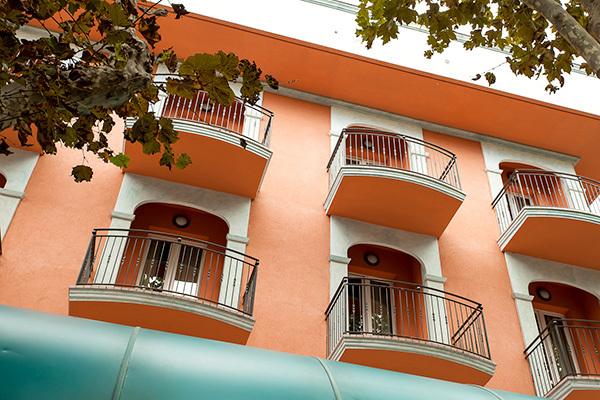 Moderno 4* sulla Riviera Romagnola