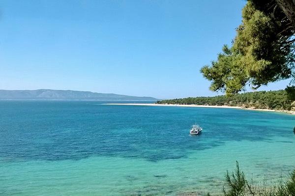 Di fronte al mare, sull'Isola di krk