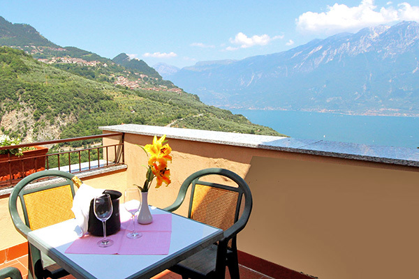 tra il Lago di Garda e il Monte Baldo