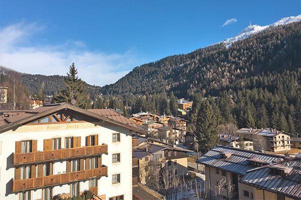 In famiglia sulle Dolomiti del Brenta
