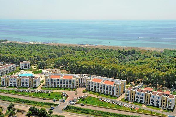 Villaggio turistico a 300 metri dal mare