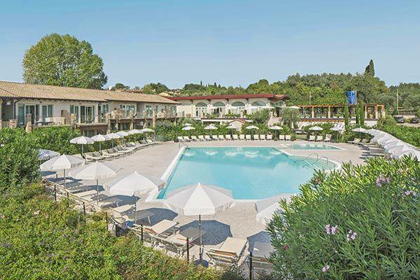Con piscina panoramica