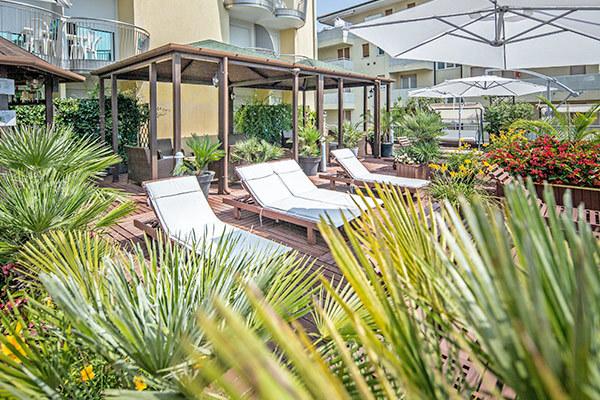 Ambiente intimo e raccolto, spiaggia inclusa
