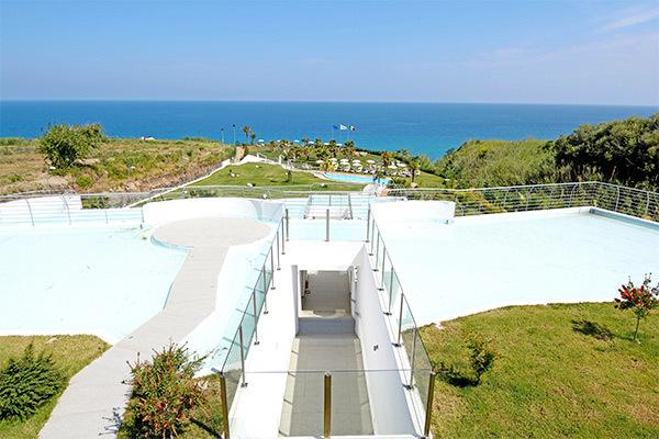 A 300 metri dalla spiaggia, con vista panoramica