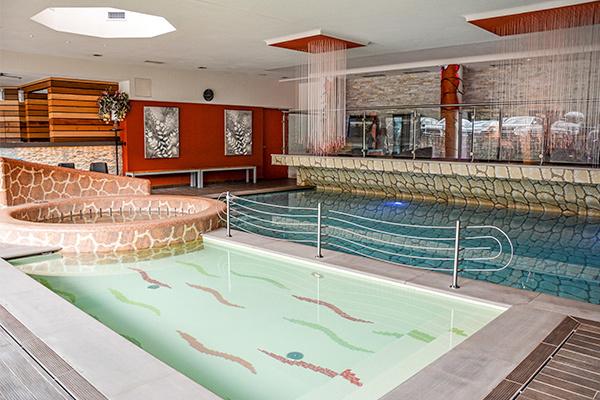 Design Hotel 4* incastonato tra le Dolomiti del Brenta