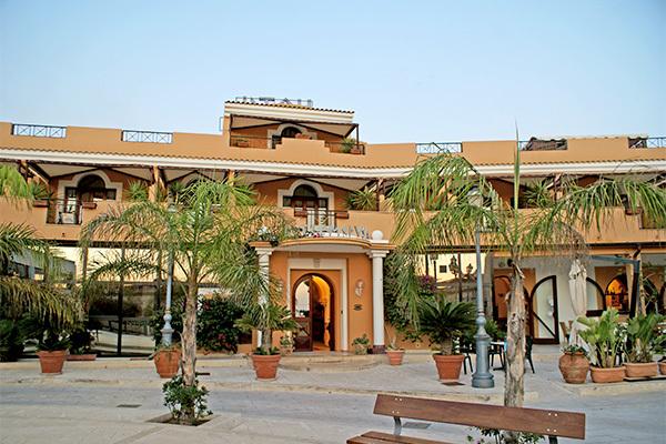 Hotel 4* a Lampedusa con vista mare