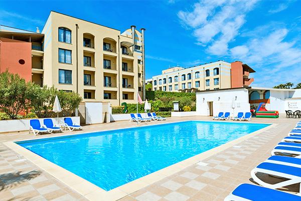 Miglior prezzo hotel caesar palace giardini naxos sicilia volo incluso autonoleggio - Hotel ai giardini naxos ...