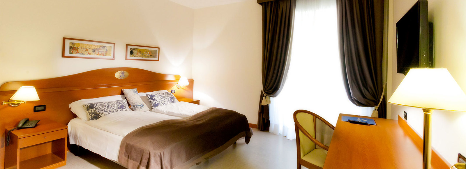Elegante Hotel 3*S in centro a Caorle, a 50 metri dal mare