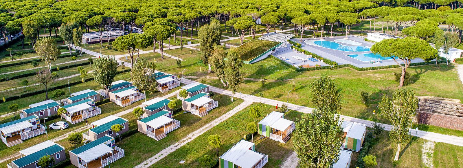 Villaggio a 2 km dal Lido di Ostia