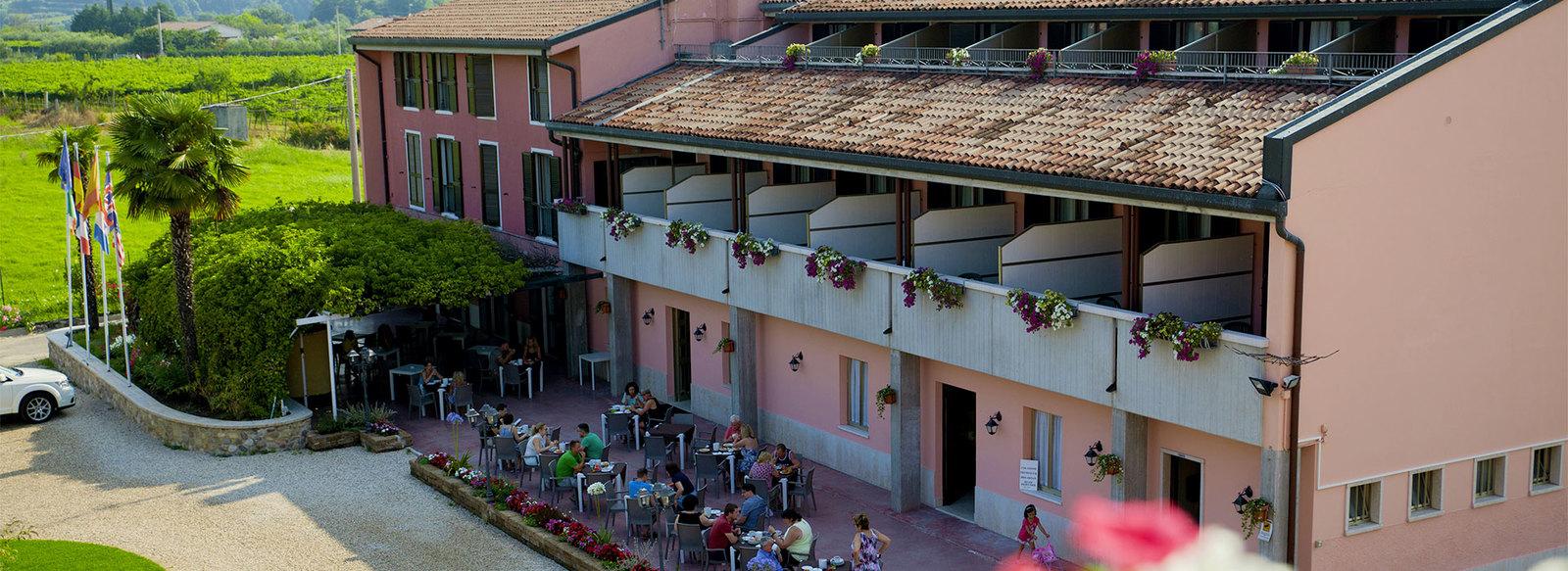 Family Hotel immerso nel verde