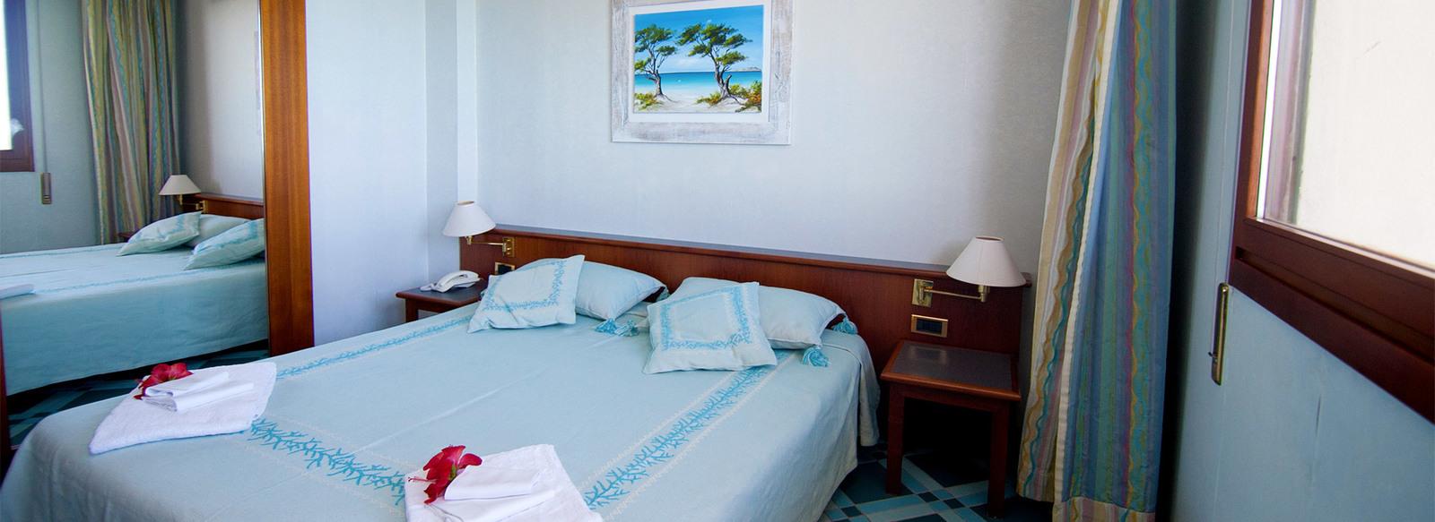 Hotel Village fronte mare con animazione, a 500 metri dalla spiaggia de La Pelosa