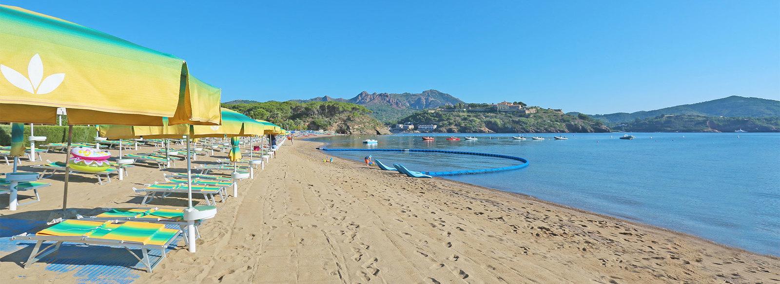 Spiaggia inclusa, fronte mare