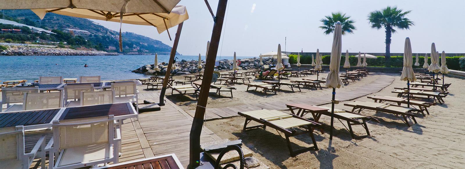 Charme fronte mare nella Riviera dei Fiori