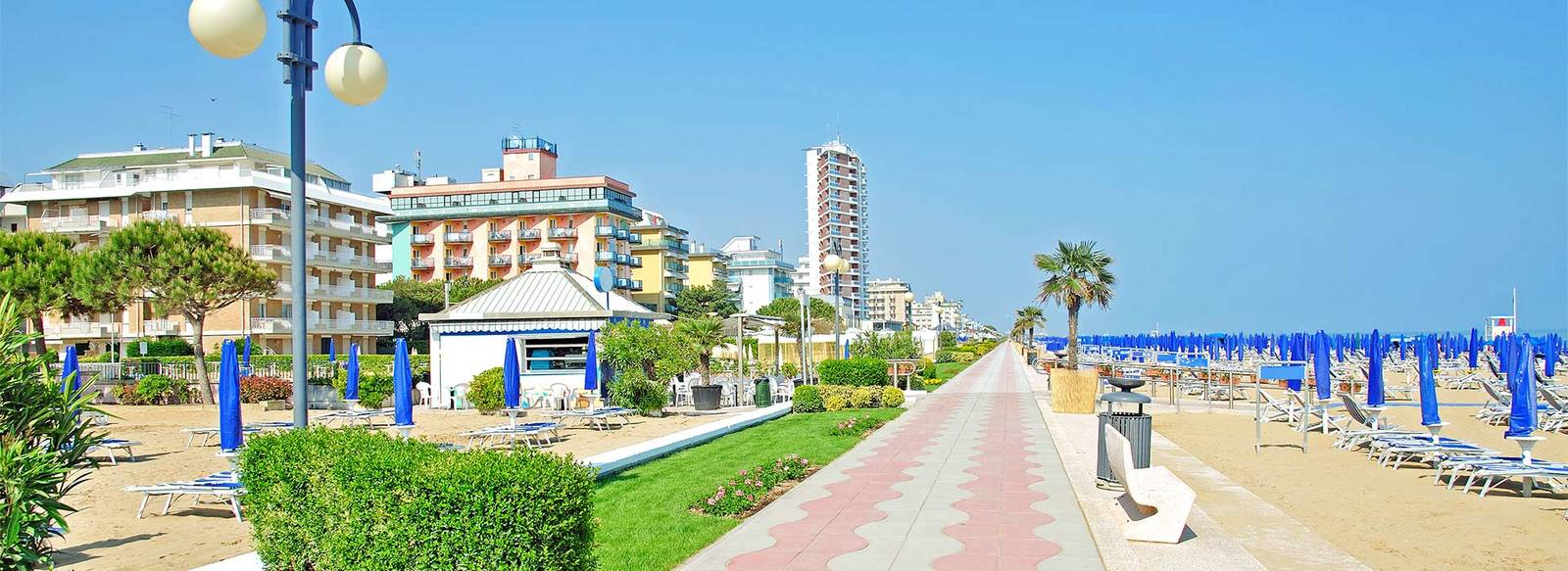 Vicino al faro e alla Darsena, spiaggia inclusa