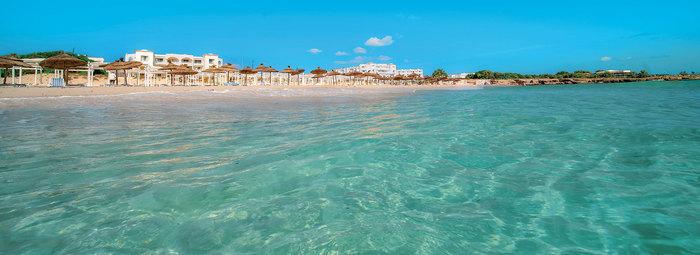 Vicino alla spiaggia di Sidi Mansour