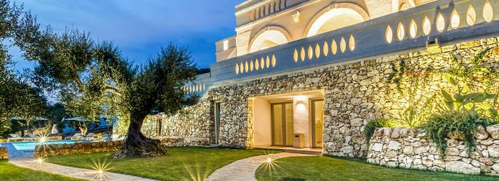 Lusso ed eleganza in villa privata con piscina