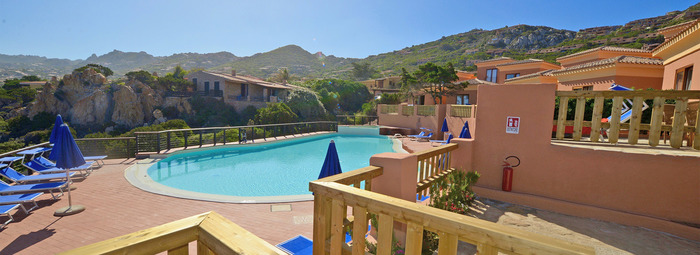 Hotel di charme, panorama unico, a 700 metri dalla spiaggia di Li Cossi