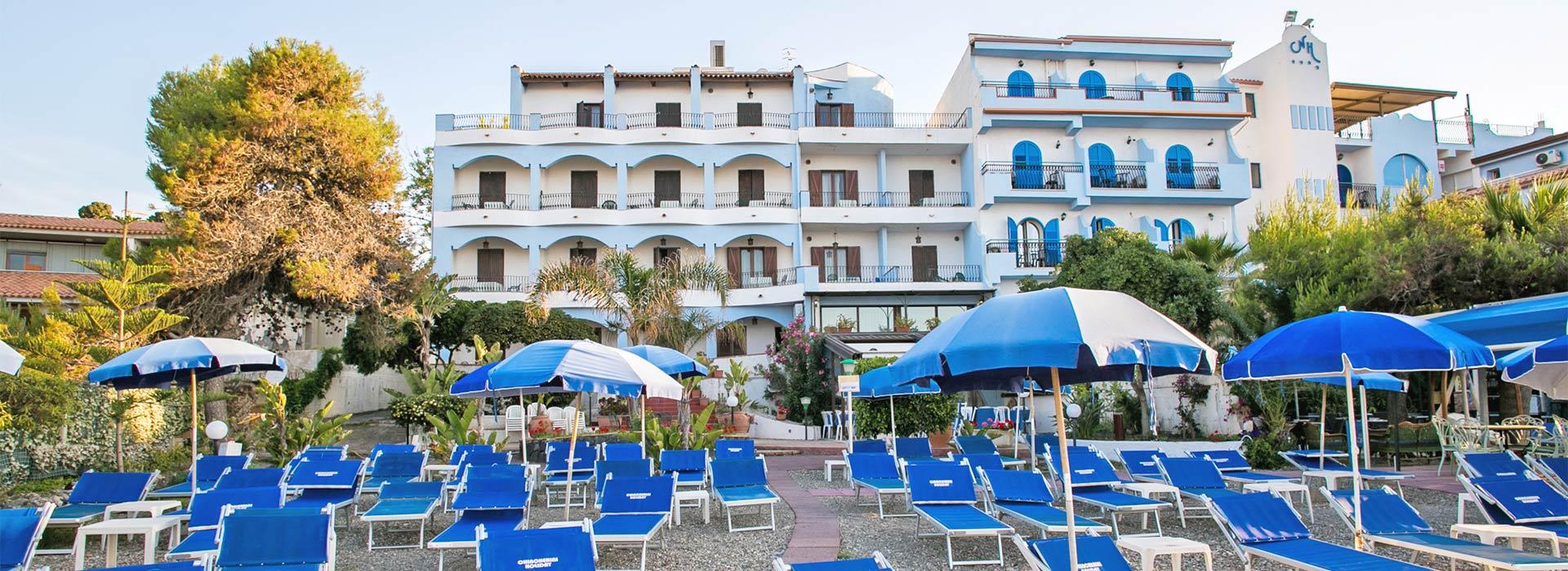 Miglior prezzo hotel kalos giardini naxos sicilia - Hotel ai giardini naxos ...