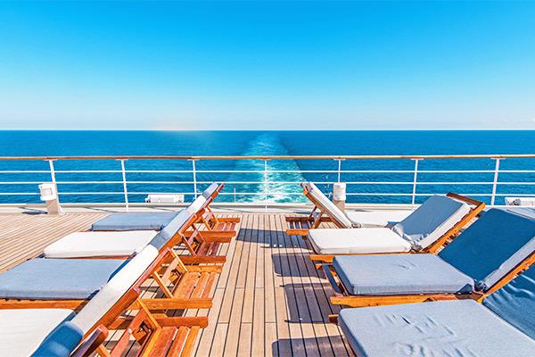 Naviga per mari e oceani con la comodità della crociera