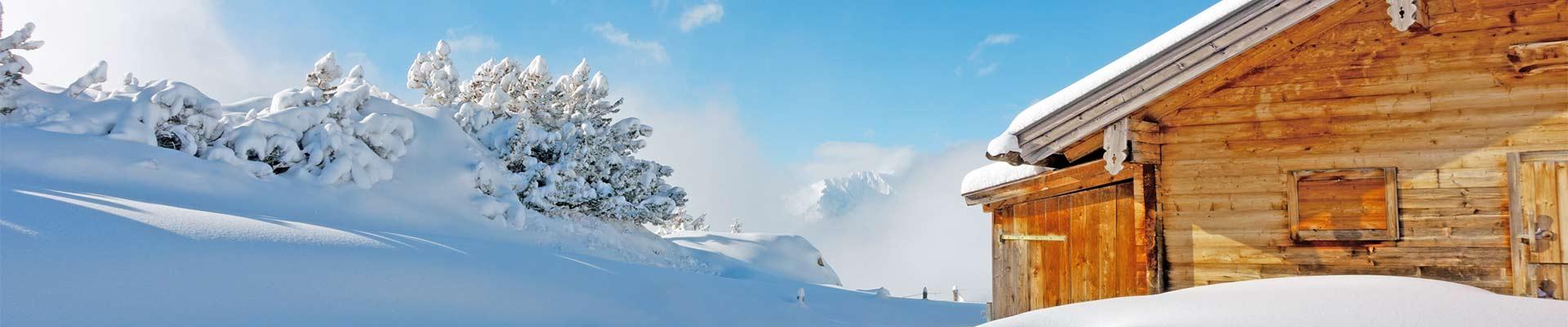 L'Italia, l'Austria e la Svissera possono contare su migliaia di località montane, ognuna con paesaggi meravigliosi, con la sua cultura e con la sua storia. Le migliori mete per trascorrere una vacanza in montagna alla ricerca dello sport e del relax, con gli amici o la famiglia.